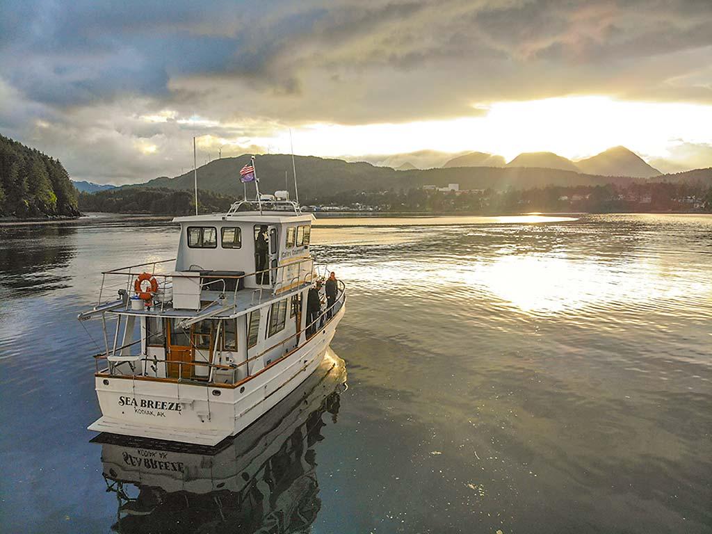 Kodiak-Wildlife-Viewing-Sea-Breeze